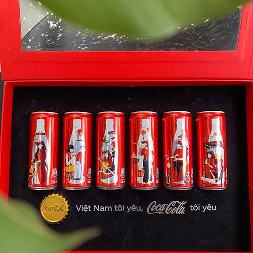 """Vì đâu 6 chiếc lon Coca-Cola đặc biệt khiến giới trẻ đổ xô """"săn lùng""""? - 1"""