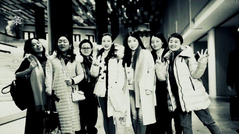 7 cô gái xinh đẹp góp tiền mua căn hộ 13 tỷ để được hưởng tuổi già bên nhau - 10