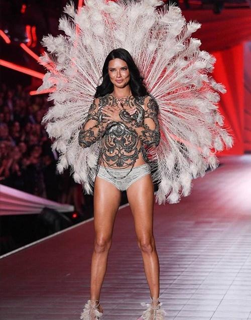 Hồi tàn của Victoria's Secret: Đóng cửa hàng, truyền hình cắt sóng, thiên thần quay lưng - 2