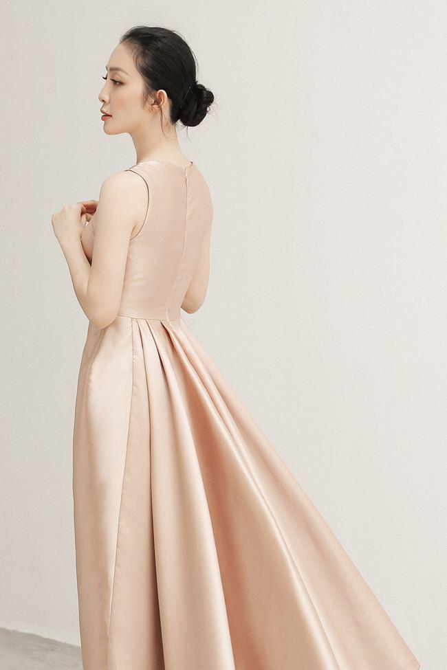 Linh Nga khoe vẻ đẹp Á đông với loạt trang phục đẹp tựa cánh hoa tàn - 4