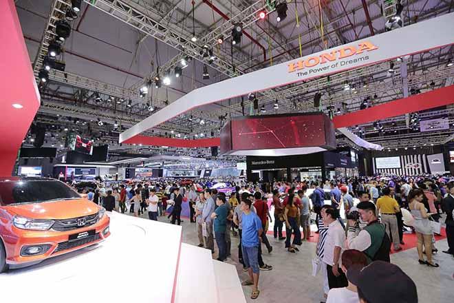 Triển lãm ô tô - Vietnam Motor Show 2019 chính thức khởi động - 7