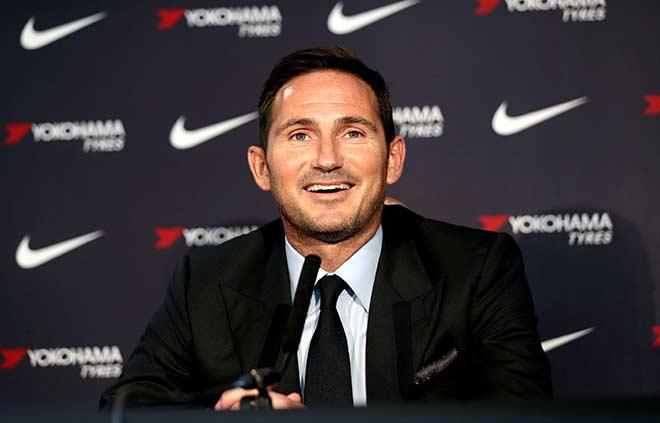Frank Lampard ra mắt báo giới trên cương vị HLV trưởng Chelsea