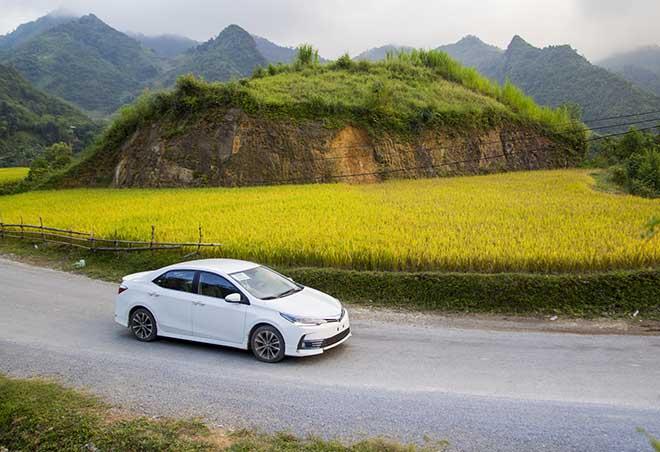 Ưu đãi phí trước bạ khi mua Toyota Corolla Altis - 8