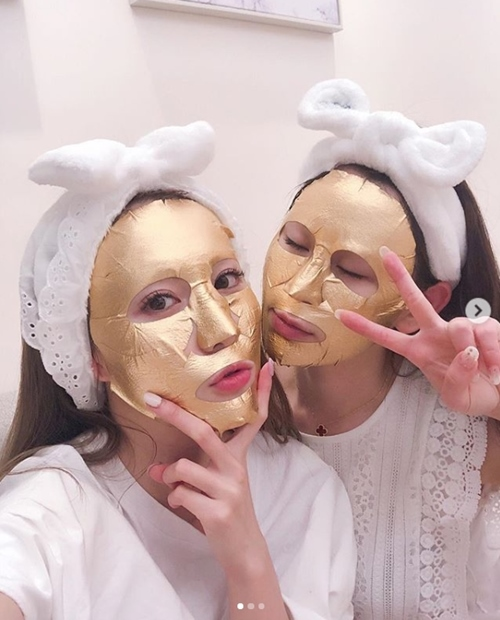 """Con dâu tương lai của đại gia showbiz Hong Kong đẹp tuyệt sắc nhờ """"dát vàng"""" - 7"""