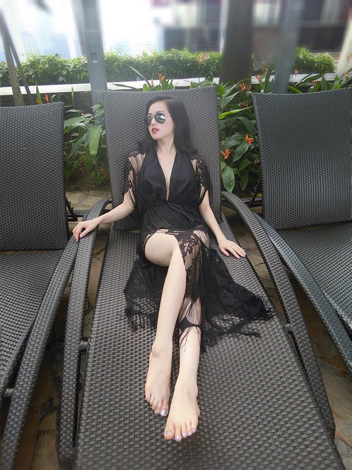 Tâm Tít mặc bikini gợi cảm dáng chữ S khiến fan xuýt xoa - 7