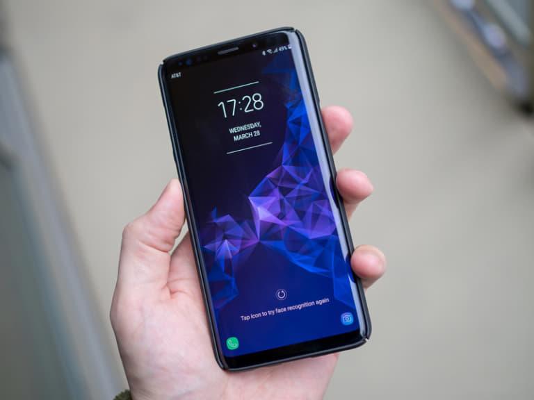 iPhone 7 Plus và Samsung Galaxy S9: Cùng giá nên chọn máy nào? - 2