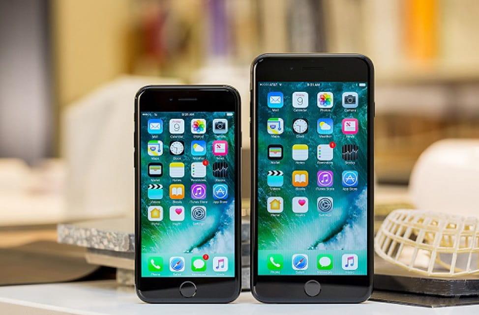 iPhone 7 Plus và Samsung Galaxy S9: Cùng giá nên chọn máy nào? - 1