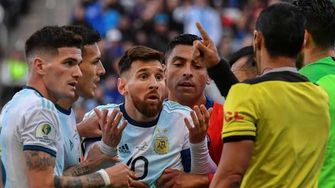"""Messi uất ức Copa America: Siêu """"dị nhân"""" Nam Mỹ tiết lộ choáng váng - 1"""