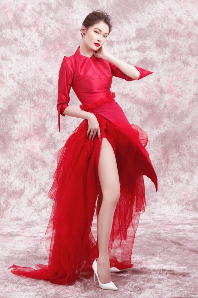Á hậu Thùy Dung diện váy trễ vai mừng tuổi 23 - 4