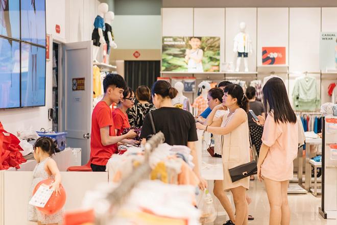 Giảm giá vượt ngưỡng 50% tại Vincom Red Sale 2019 - 4