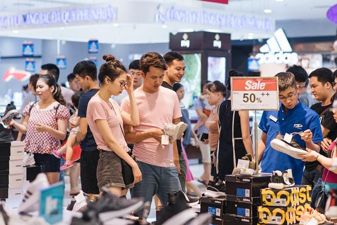 Giảm giá vượt ngưỡng 50% tại Vincom Red Sale 2019 - 5