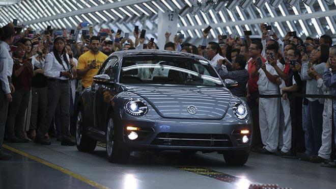 Nói lời tạm biệt với Beetle - bọ cánh cứng cuối cùng của Volkswagen - 3