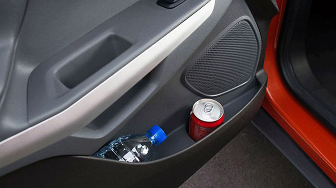Một số đồ vật tưởng như vô hại nhưng bạn lại không nên để chúng trong ô tô - 1