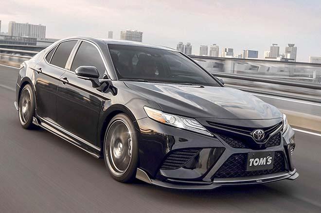 Toyota Camry thế hệ mới 'lột xác' thêm dữ dằn và mạnh mẽ hơn - 10