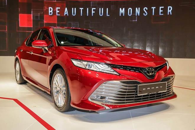 Toyota Camry thế hệ mới 'lột xác' thêm dữ dằn và mạnh mẽ hơn - 1