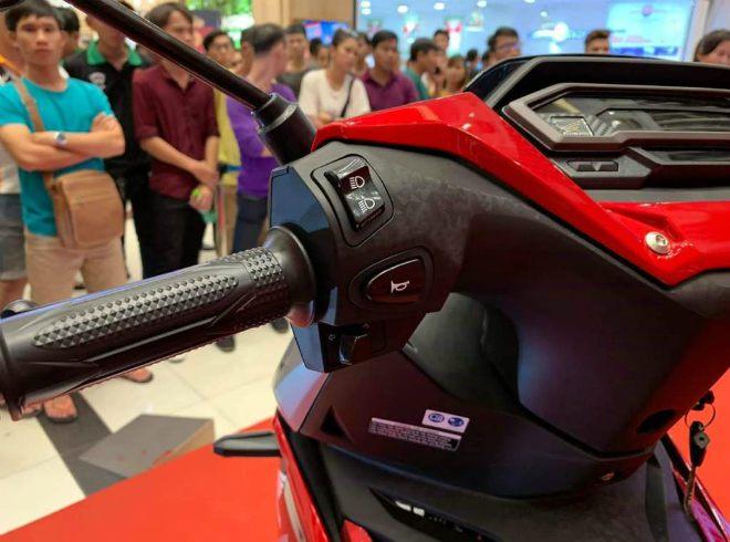 Chi tiết 6 màu, bảng giá, thông số xe côn Honda Winner X - 10