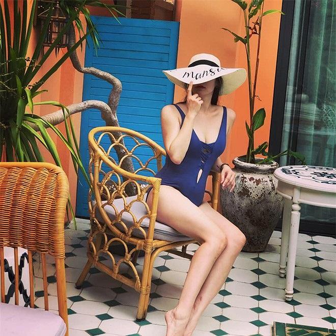 Vợ BTV Quốc Khánh khoe ảnh bikini gợi cảm - 6