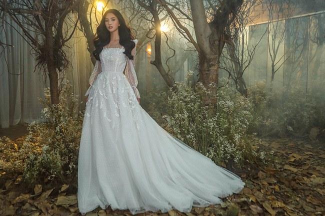 Tiểu Vy đẹp tựa nữ thần với váy cưới corset cúp ngực - 10