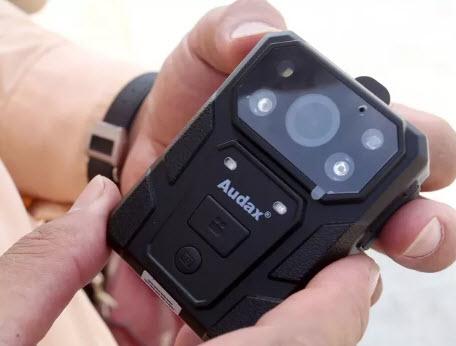 Camera trước ngực mới được trang bị cho CSGT có gì đặc biệt? - 2