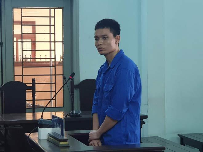 Cựu Thiếu úy công an tạt axit vợ sắp cưới cãi tay đôi với viện kiểm sát ngay tại tòa - 1