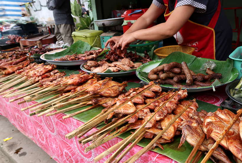 Đến Lào nhất định phải thưởng thức những món ngon tuyệt này - 4