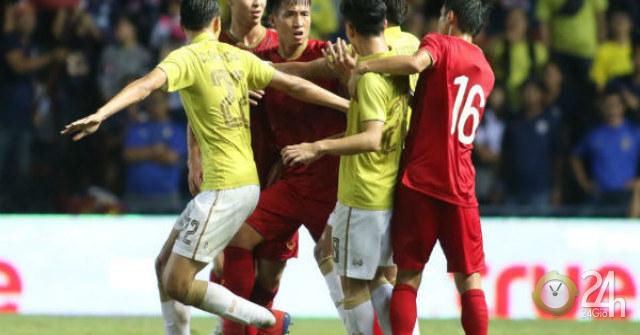 ĐT Việt Nam đấu Thái Lan vòng loại World Cup: 3 ngày chuẩn bị, thầy Park gặp khó