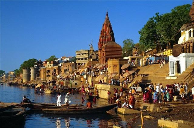 2 con sông có 2 màu trái ngược nhau nhưng cùng chung 1 số phận ở Ấn Độ - 1