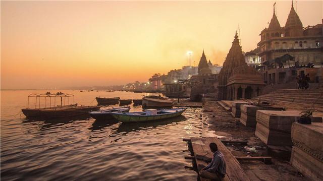 2 con sông có 2 màu trái ngược nhau nhưng cùng chung 1 số phận ở Ấn Độ - 2