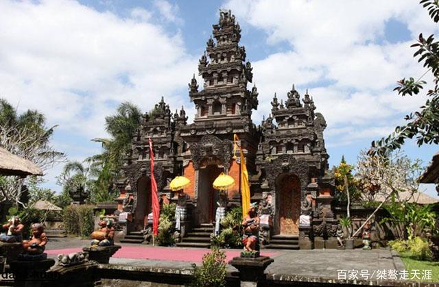 6 thiên đường du lịch dành cho người ít tiền, Việt Nam cũng góp mặt - 2