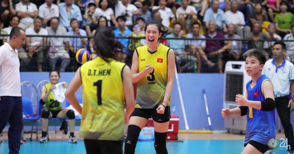 Thanh Thúy 1m93 ăn 94 điểm vượt VĐV 1m94 Trung Quốc: Số 1 bóng chuyền châu Á