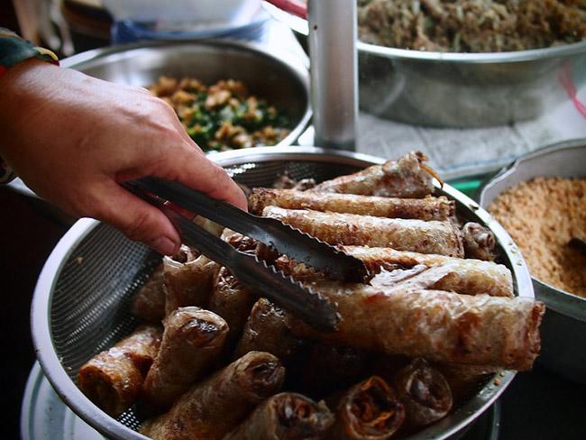 Khách nước ngoài mách nhau những món ăn đường phố cực kỳ hấp dẫn ở Sài Gòn - 8