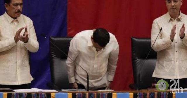 Ông Duterte: Không thể ngăn được Trung Quốc đâu