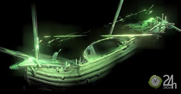Kinh ngạc xác tàu đắm 500 tuổi trông còn như mới dưới lòng biển Baltic