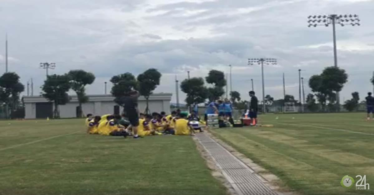 U23 Việt Nam tập chiều 23/7 tranh vàng SEA Games 30: Thầy Park lại đốn tim fan