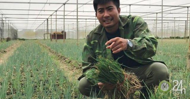 """Lãng tử 9X xứ Thanh bỏ lương """"khủng"""" về làng trồng... hành"""