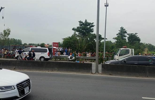 Nam thanh niên phóng xe truy đuổi, đâm chết cô gái trên đường dẫn cao tốc - 1