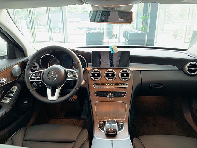 Cập nhật bảng giá xe Mercedes C-Class 2019 mới nhất, hỗ trợ 100% thuế trước bạ trong tháng 8 - 7