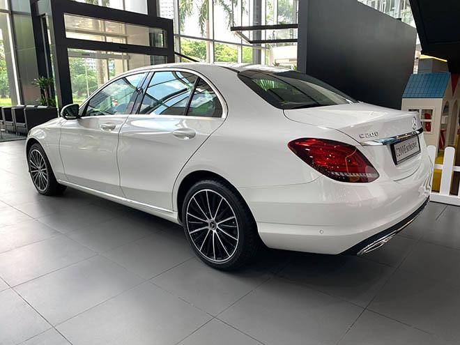 Cập nhật bảng giá xe Mercedes C-Class 2019 mới nhất, hỗ trợ 100% thuế trước bạ trong tháng 8 - 9