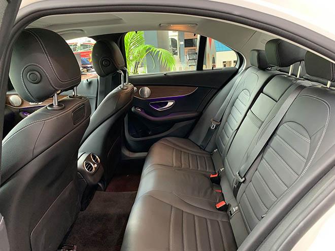 Cập nhật bảng giá xe Mercedes C-Class 2019 mới nhất, hỗ trợ 100% thuế trước bạ trong tháng 8 - 8