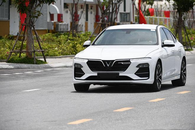 Giá xe ô tô Vinfast Lux 2.0 sẽ tăng lên mức 1,5 tỷ đồng từ tháng sau - 2