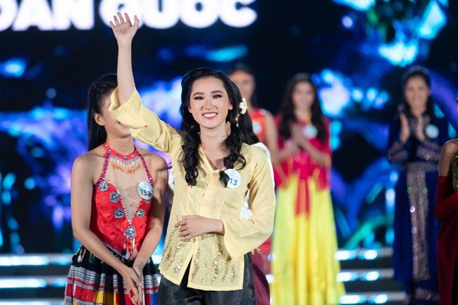 Nữ sinh Ngoại thương quê Cao Bằng đăng quang Hoa hậu Thế giới Việt Nam 2019 - 21