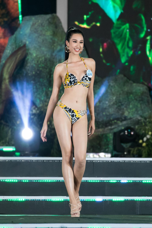 Nữ sinh Ngoại thương quê Cao Bằng đăng quang Hoa hậu Thế giới Việt Nam 2019 - 15