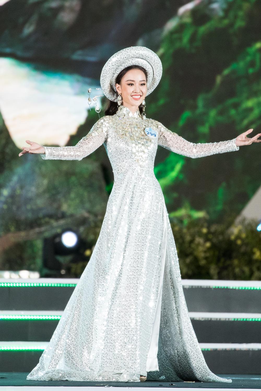 Nữ sinh Ngoại thương quê Cao Bằng đăng quang Hoa hậu Thế giới Việt Nam 2019 - 20