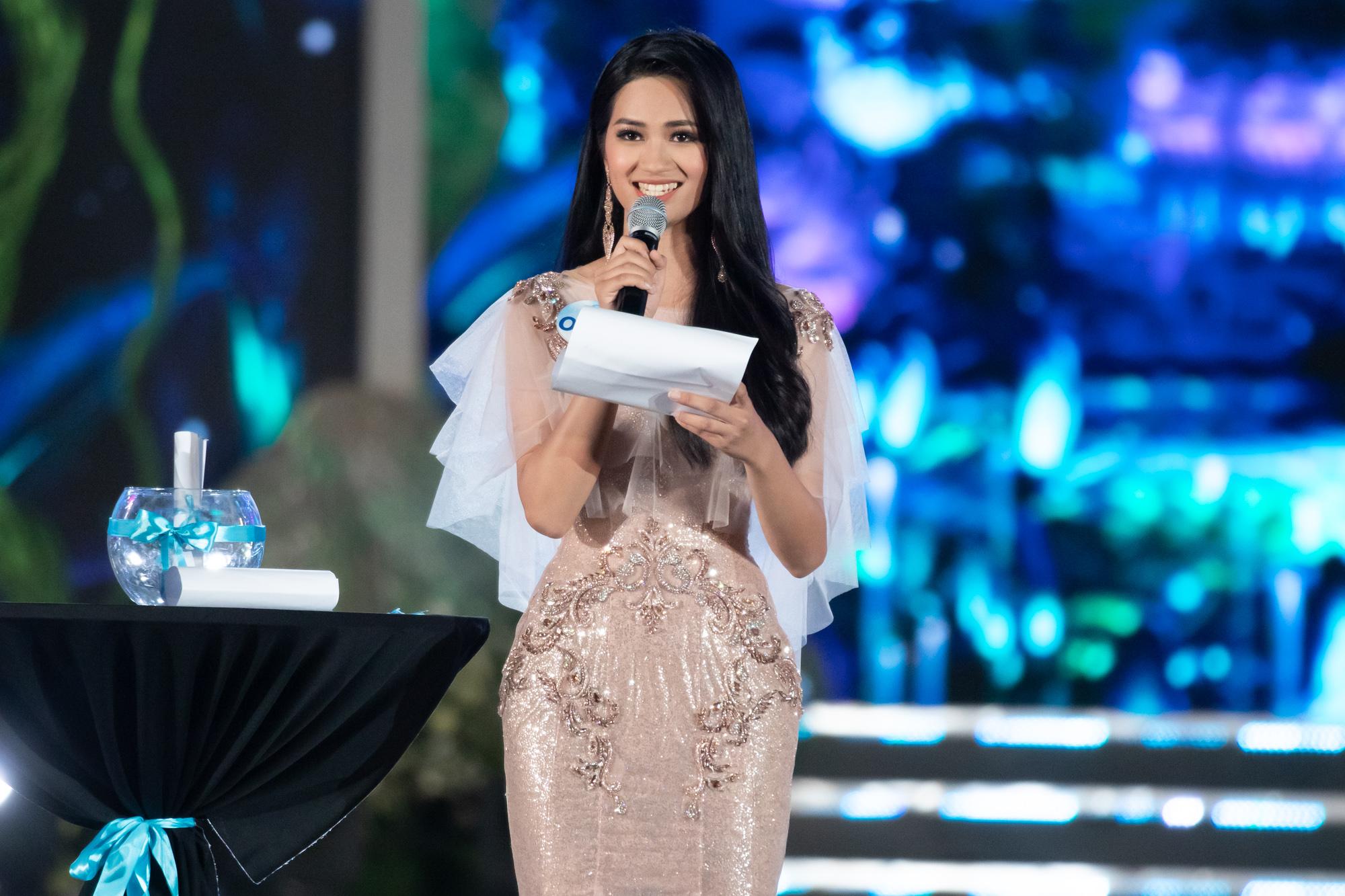 Nữ sinh Ngoại thương quê Cao Bằng đăng quang Hoa hậu Thế giới Việt Nam 2019 - 6