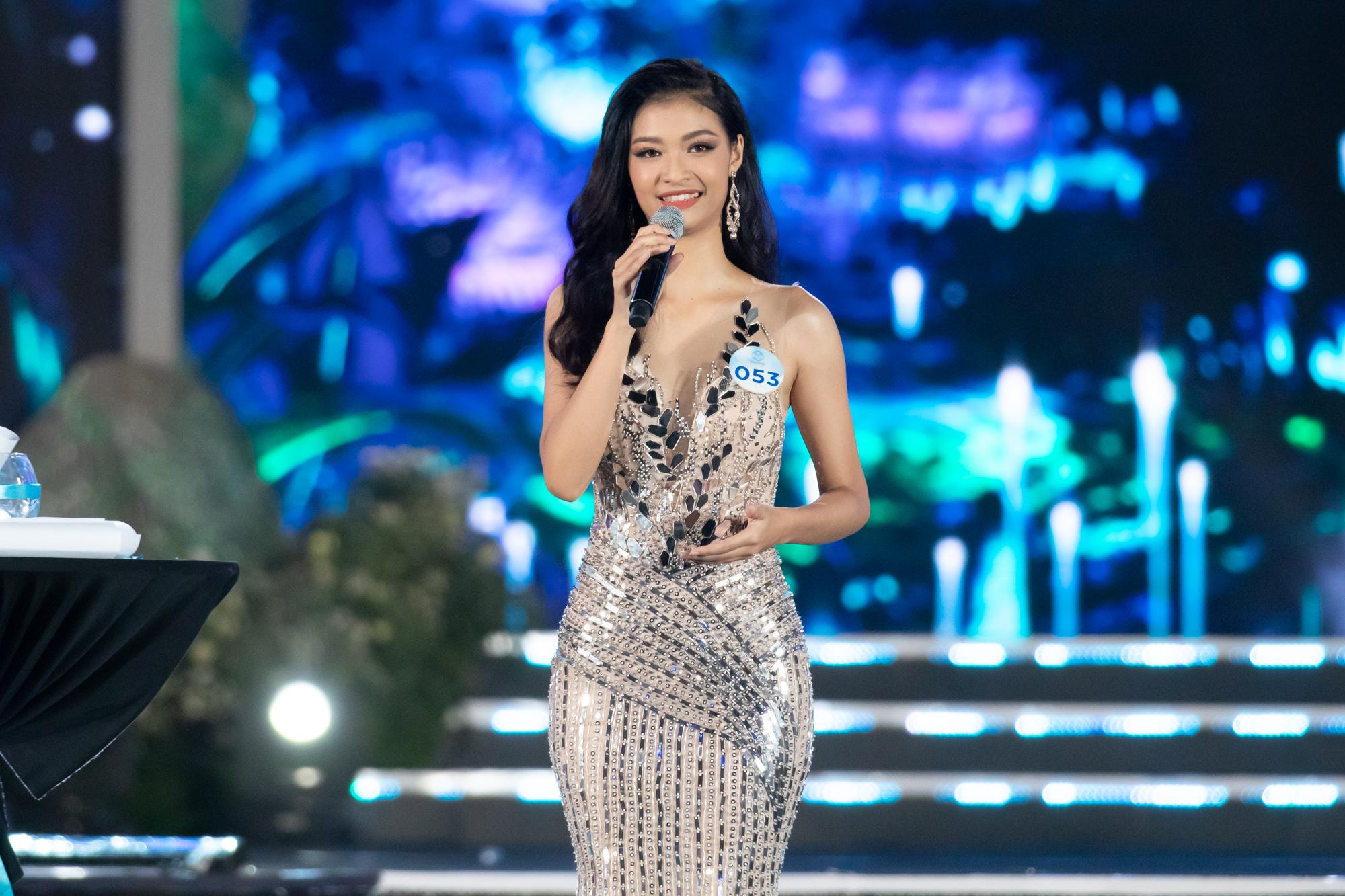 Nữ sinh Ngoại thương quê Cao Bằng đăng quang Hoa hậu Thế giới Việt Nam 2019 - 4