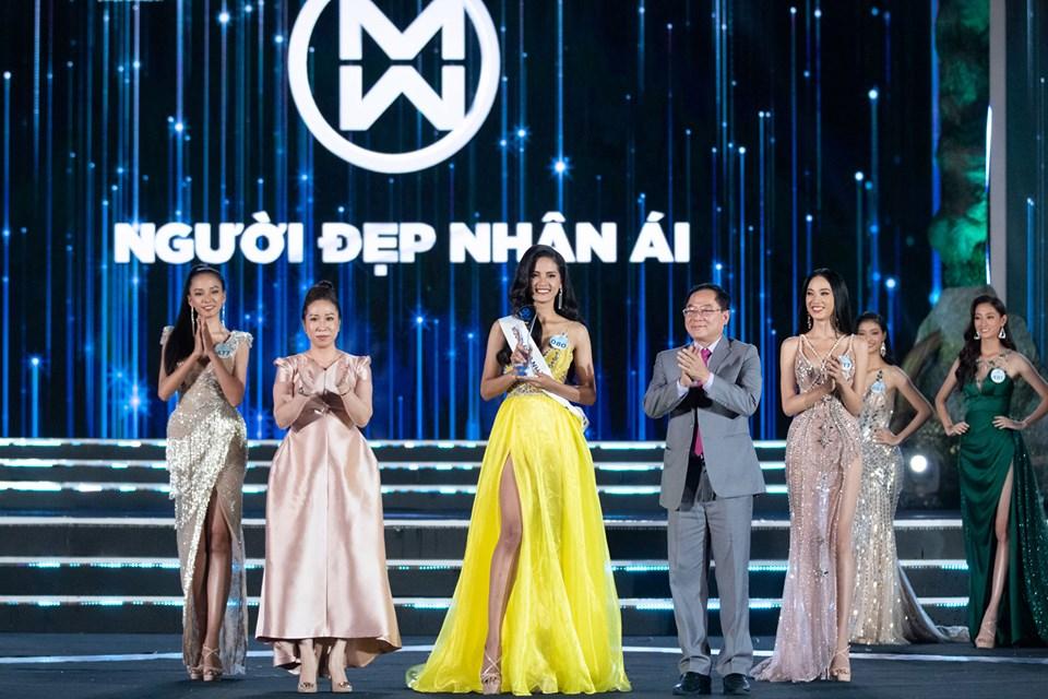 Nữ sinh Ngoại thương quê Cao Bằng đăng quang Hoa hậu Thế giới Việt Nam 2019 - 9