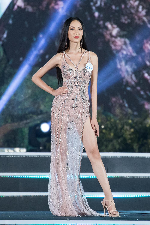 Nữ sinh Ngoại thương quê Cao Bằng đăng quang Hoa hậu Thế giới Việt Nam 2019 - 12