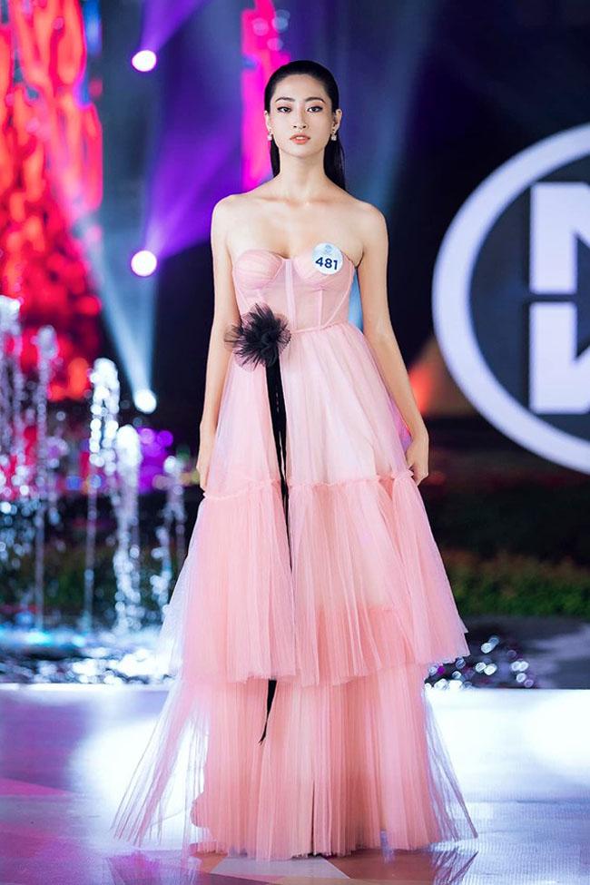 Tân Miss World Việt Nam 2019: Tuyển học sinh giỏi Anh quốc gia, IELTS 7.5 - 7
