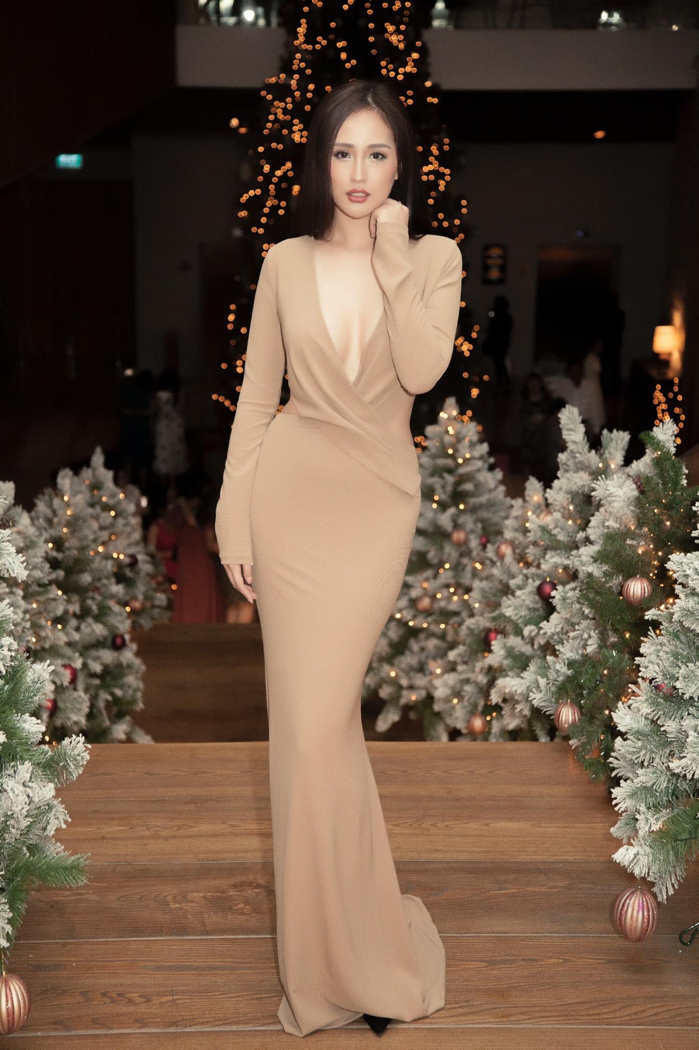 Chiếc đầm của Mai Phương Thúy là bộ váy bị bàn tán nhiều đêm qua - 7