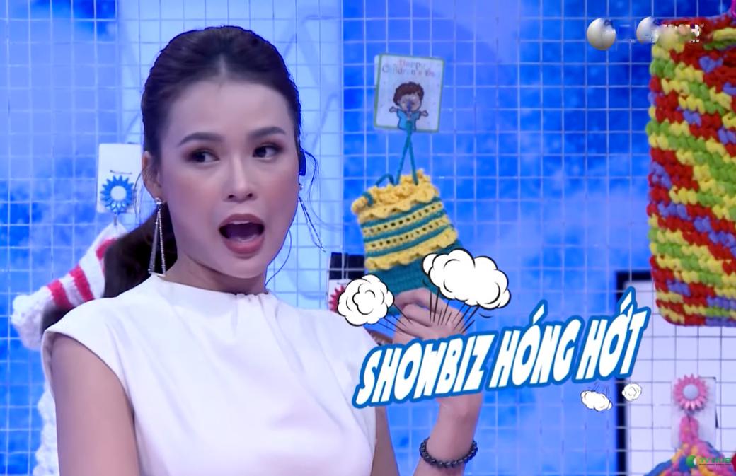 Ngô Kiến Huy chi tiền triệu tặng quà Sam trên sóng truyền hình - 7